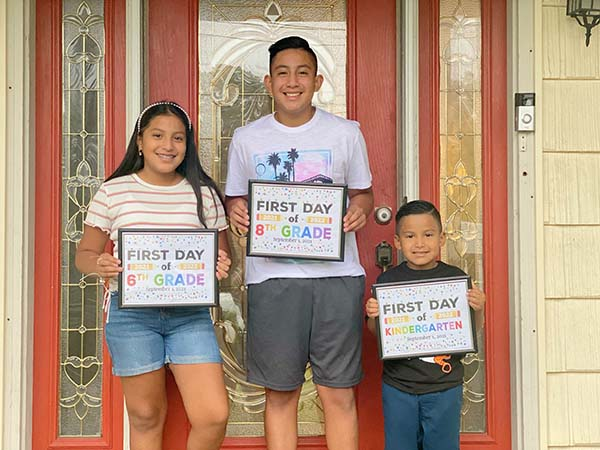 editors pick runner up first day of school photo contest winner